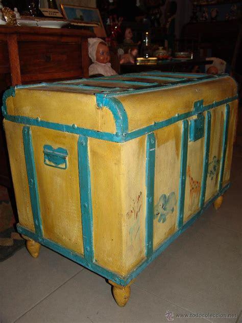 gracioso baúl de madera pintado   Comprar Baúles Antiguos ...