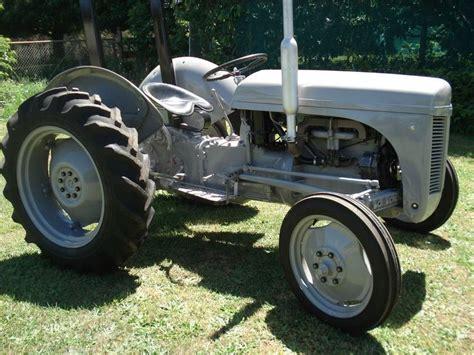 Grey Fergie TEA20 tractor Massey Ferguson | Ferguson ...