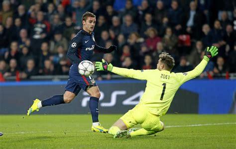Griezmann no puede en el mano a mano con zoet | Marca.com