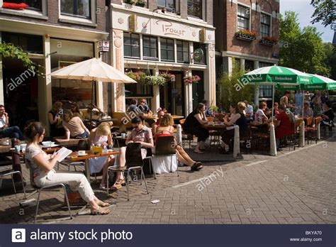 Guests, Cafe Finch, Jordaan, People sitting in open air ...