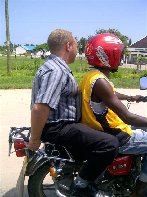 Gustav Lindqvist goes to Africa: Mode of Transportation in Tz