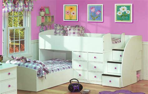 Habitación para niña rosa y blanca :: Imágenes y fotos