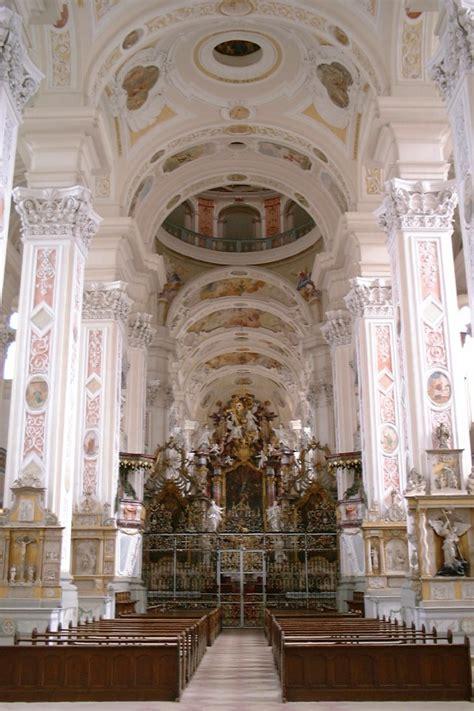 Hallenkirche – Wiktionary