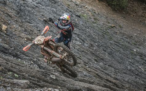 Hard Enduro in Slow Motion - Australasian Dirt Bike Magazine