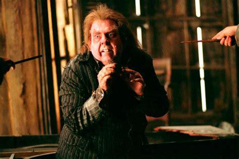 Harry Potter : 10 personajes que tomaron muy malas ...