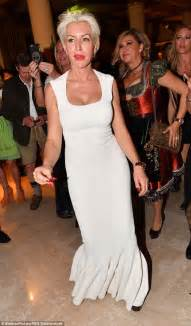 Heather Mills enjoys night out in Austria