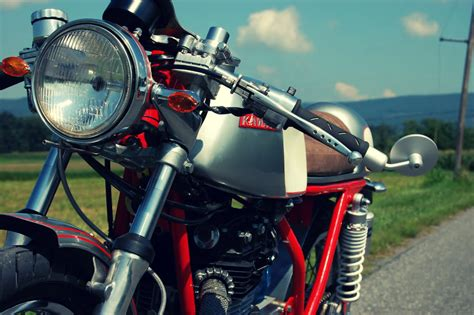 Hilo de fotos de motos custom, old school, cafe racer, etc ...