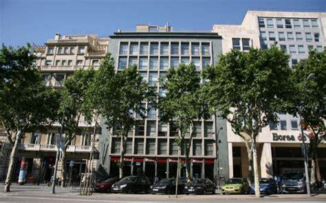 Hines ultima la compra de la sede de Popular en Barcelona