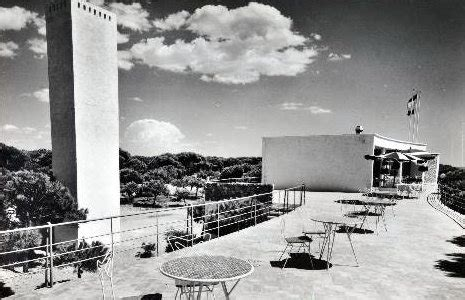 Historia de Gavà Mar  El restaurante balneario CAPRI   1957