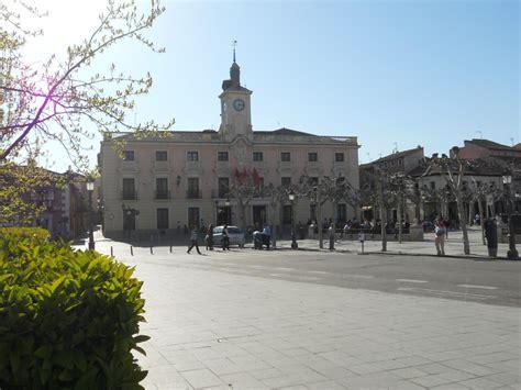Historia y Genealogía: Alcalá de Henares. Plaza de Cervantes