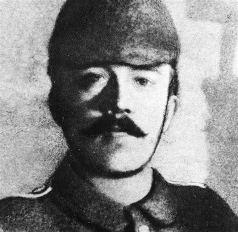 Historiker Weber: Adolf Hitler war im Ersten Weltkrieg ein ...