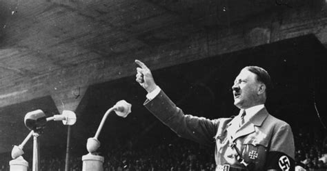 Hitler gives his first speech with the NSDAP - Photos - A ...