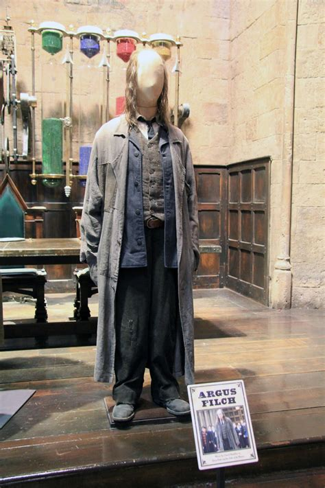 Hogwarts  stab   Wikipedia, den frie encyklopædi