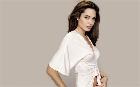 Hollywood Actress Angelina Jolie Sexy Wallpapers   All HD ...