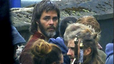 hollywood star chris pine spotted filming in glasgow