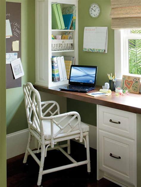 Home Office Pequeno: 21 Brilhantes Dicas + 50 Fotos