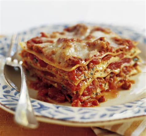 HomeBaked: Lasagna anyone?