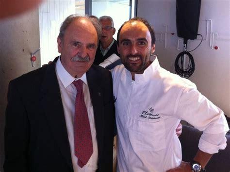 Homenaje a 200 cocineros vascos en el Basque Culinary ...