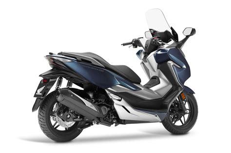 Honda Forza 300 2018: Un scooter GT de lujo | Club del ...