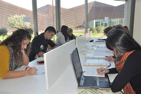 Horario Especial Exámenes Biblioteca Universidad Católica ...