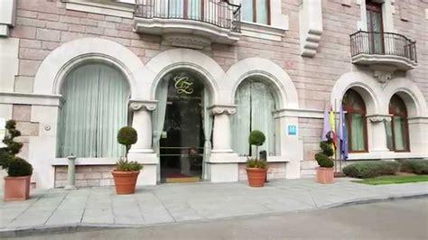 Hotel Castillo del Bosque La Zoreda  La Majoya, Oviedo ...