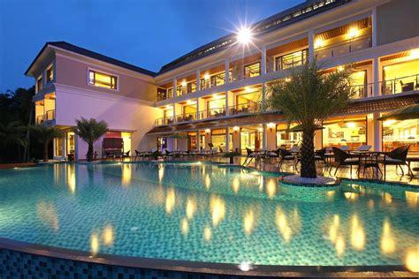 Hotel Lake Palace Trivandrum, Vettutura, India - Booking.com