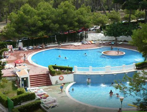 Hoteles baratos cerca de Port Aventura | Ahorradoras.com