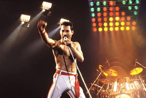How Did Freddie Mercury Die?   POPSUGAR Celebrity