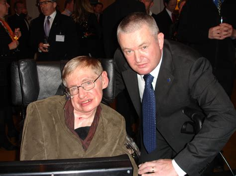 How Does Stephen Hawking Talk?   Communication Aids