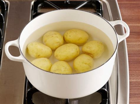 How to Boil Potatoes : Food Network   Easy Comfort Food ...