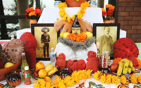 How to Build a Día de los Muertos Altar – Texas Monthly