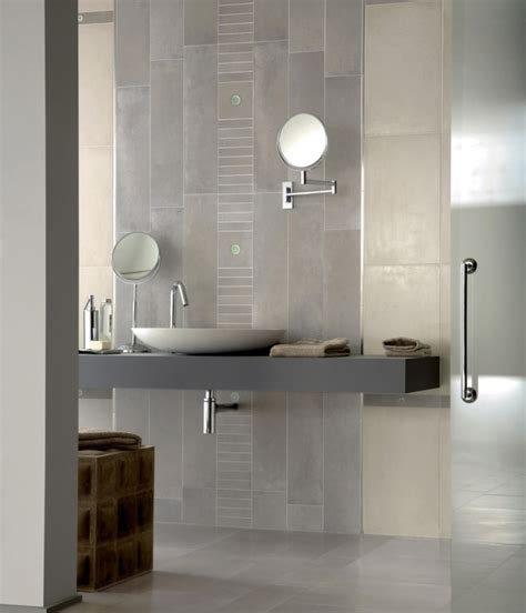 How to Choose Accent Tiles for Bathrooms   Furniture and ...