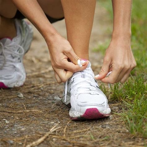 How to prevent running shoe blisters using your shoe laces ...