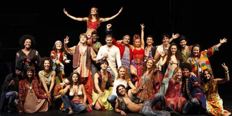 Hoy se estrena  Hair  en Barcelona | Teatro a Teatro