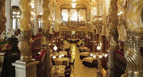 (Hungary) Café Culture in Budapest - MyPortfolio @ UCL