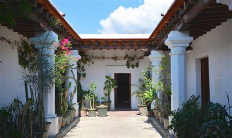 IAGO: Instituto de Artes Gráficas de Oaxaca   InMexico