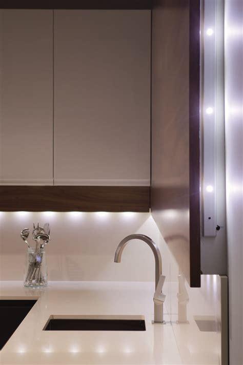 Ideas para iluminar la cocina con luces LED o de bajo ...