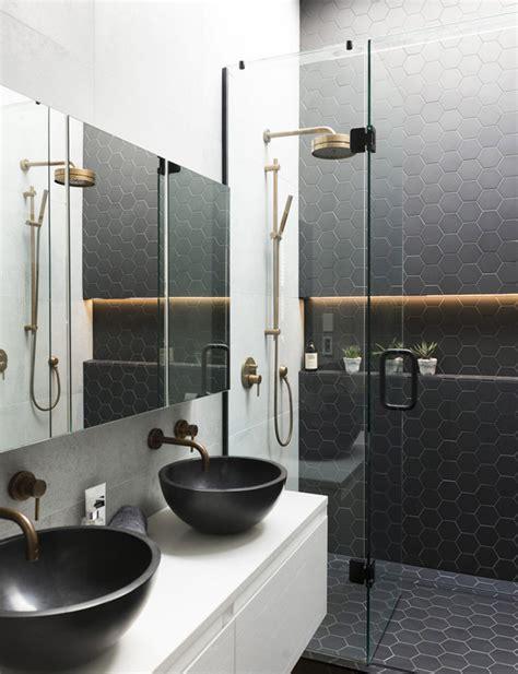 Ideas para reformar el baño en blanco y negro con toques ...