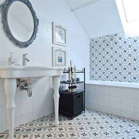 Ideas para revestir el baño con azulejos