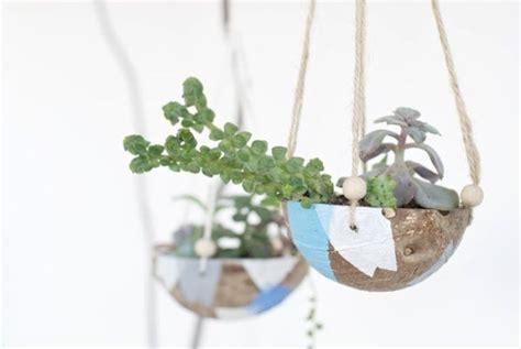 Ideia Barata para Fazer um Suporte para Plantas