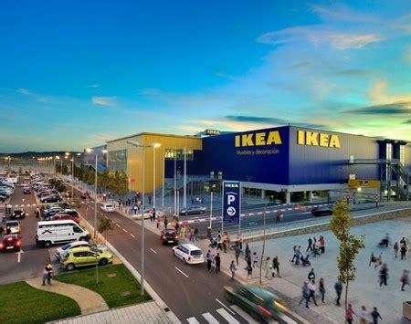 IKEA Zaragoza cumple diez años con un montón de ...