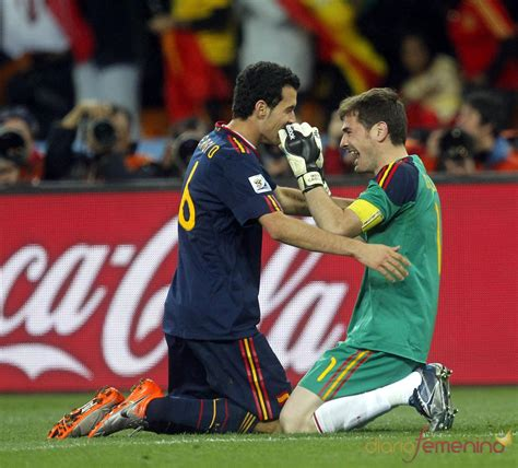 Iker Casillas llora en la final del Mundial 2010