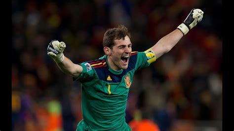 Iker Casillas vs Holanda Final Sudafrica 2010   YouTube