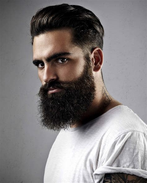 Image Gallery hombres latinos con barba