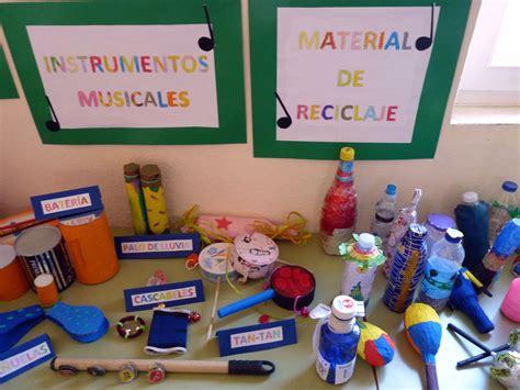 imagenes de instrumentos con material reciclado exposici ...
