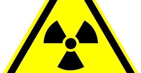 Imagenes Sin Copyright: Señal de peligro nuclear con un ...
