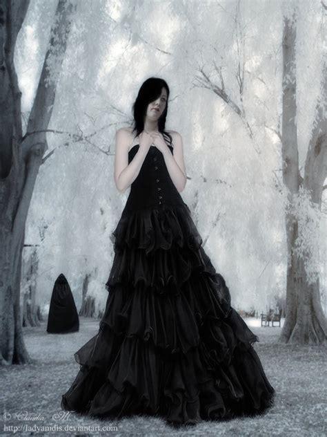 Imágenes y dibujos oscuros de mujeres góticas para ...