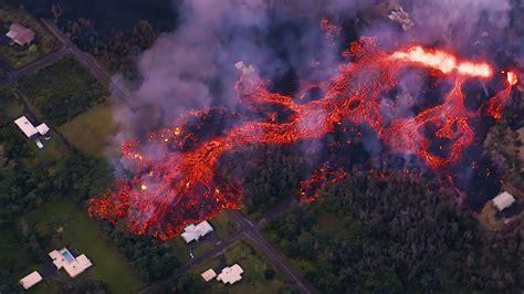 Impactantes imágenes aéreas de la erupción del volcán ...