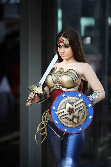 Impresionante cosplay de Wonder Woman ¿Llevara Gal Gadot ...