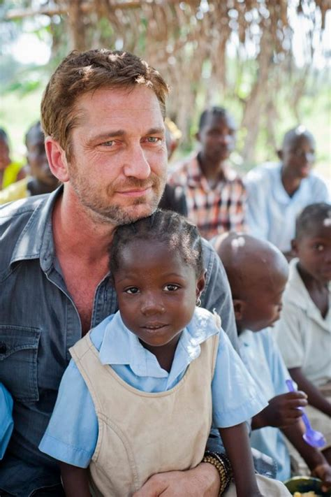 In Pictures: Gerard Butler In Liberia with Mary s Meals ...